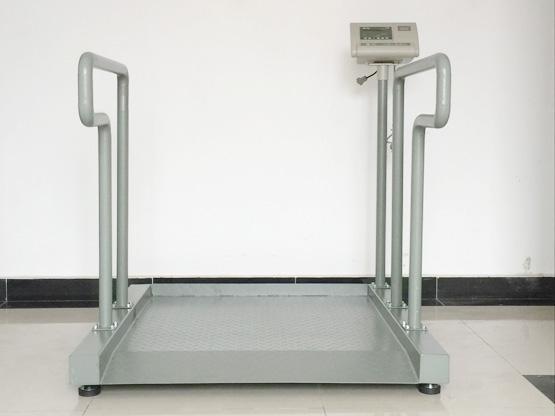1月初热烈祝贺湖南湘西民族中医院向我司采购1台S605轮椅秤