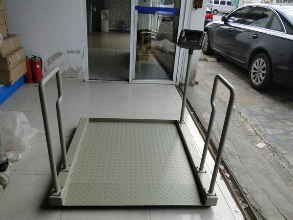 血液透析座椅式轮椅体重磅秤,透析室电子秤